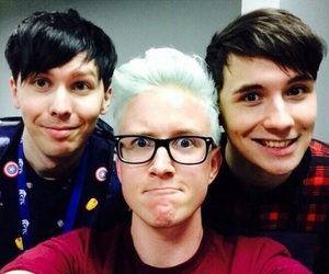 danisnotonfire, amazingphil, and tyler oakley image