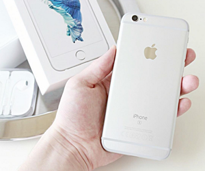 apple, iphone, and iphone 6s image