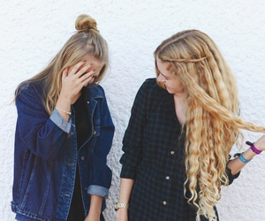 autumn, best friends, and blond image