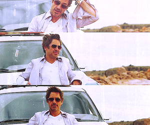 robert downey jr and due date image