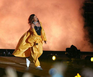 Queen, rihanna, and rock in rio image