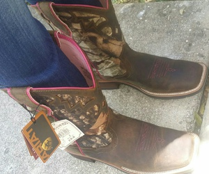 boots, ariat, and pink camo image