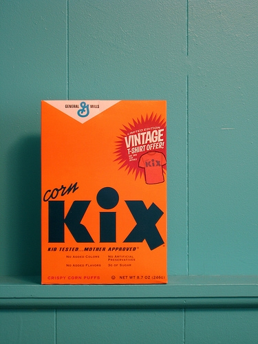 cereal, graphic design, and kix image