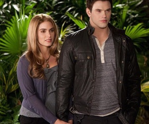twilight, breaking dawn, and rosalie image