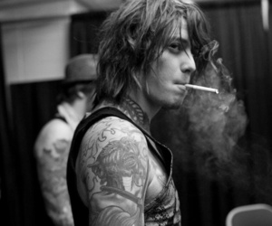 ben bruce, asking alexandria, and smoke image