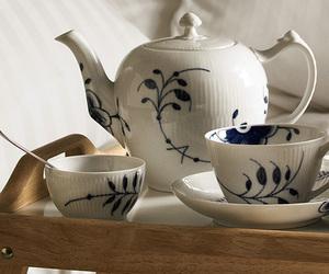 tea and royal copenhagen image