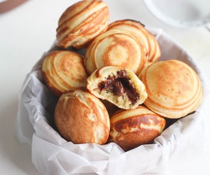 food, chocolate, and bread image
