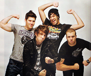 all time low, alex gaskarth, and band image