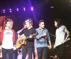 1d, otra, and liam payne image