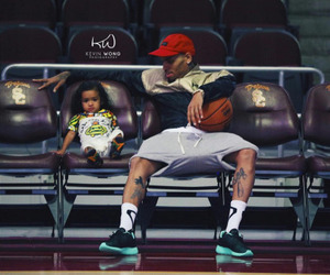 chris brown and royalty image