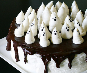 cake, Halloween, and chocolate image