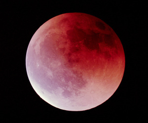 <33, moon, and yourmajestycorina image
