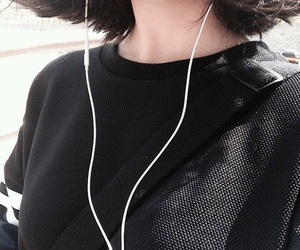 black, aesthetic, and ulzzang image