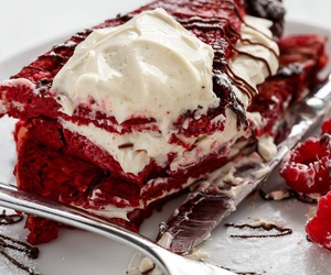 food and red velvet image
