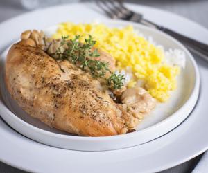 Chicken and garlic image