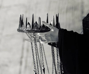 crown, Queen, and black and white image
