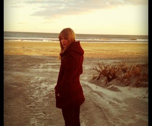 Taylor Swift, beach, and Swift image