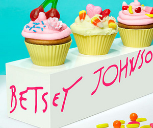 cupcake, betsey johnson, and food image