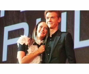couple, KAYA SCODELARIO, and newt image