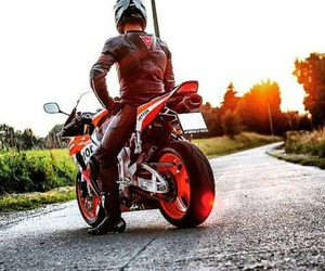 motorbike and repsol image