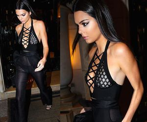 black, outfit, and kendall jenner image