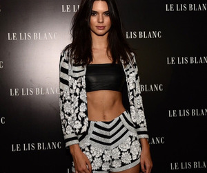 body, kendall jenner, and fashion image