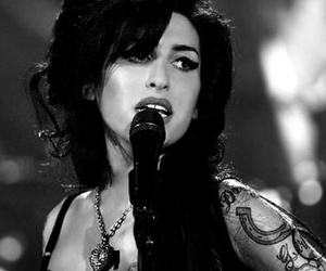 Amy Winehouse, tattoo, and singer image