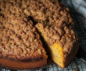 crumb cake and streusel image