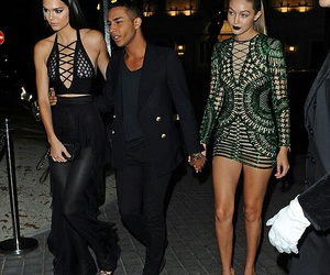body, paris, and kendall jenner image