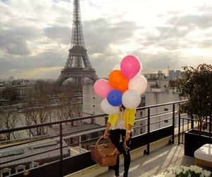paris and balloons image