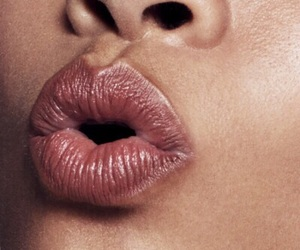lips, rose gold, and aesthetic image