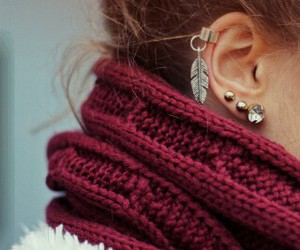 earrings, outfit, and girl image