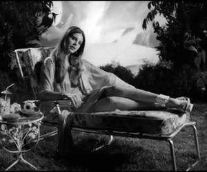 lana del rey, music to watch boys to, and honeymoon image