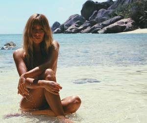 australia, blonde, and chic image