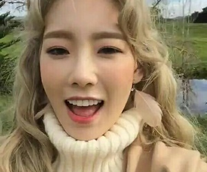 auckland, blonde, and snsd image