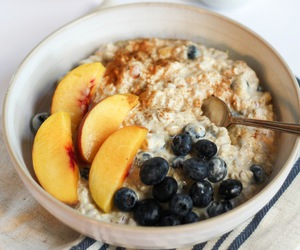 blueberry, breakfast, and peach image