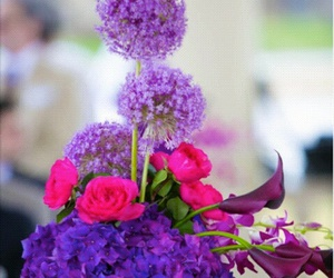 dinner, boda, and flowers image