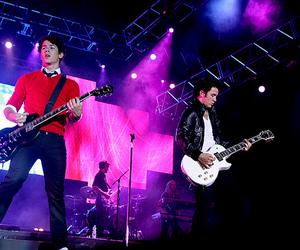 kevin jonas, nick jonas, and Joe Jonas image