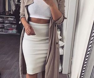 chic, outfit, and crop top image