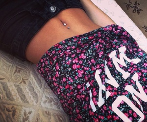 belly, bellybutton, and body image