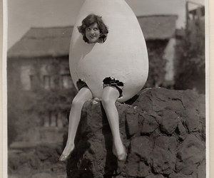 egg, vintage, and black and white image