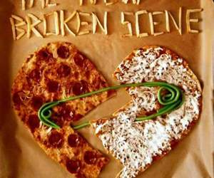 5sos, 5 seconds of summer, and pizza image