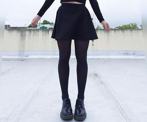 dr martens, grunge fashion, and drmartens image