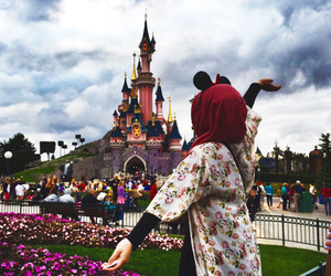 girl, hijab, and disney image