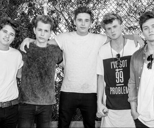 the vamps and brooklyn beckham image