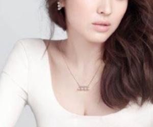 beautifull, song hye kyo, and korean image