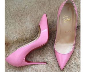 pink and pumps image