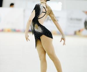 roller skating, patin, and pattinaggio image