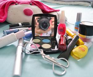 camera, eyeshadow, and make up image