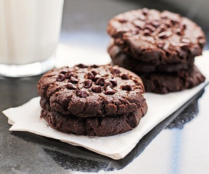 food, chocolate, and Cookies image